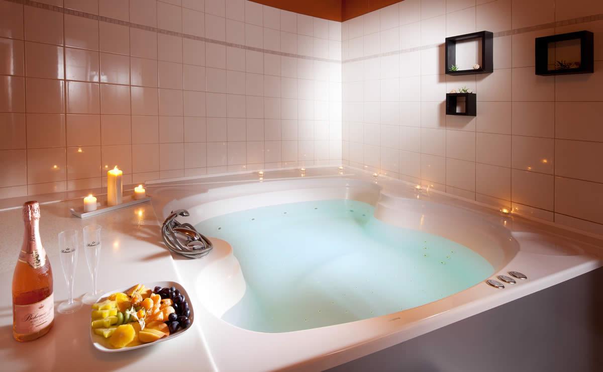 Koupele ve Wellness Hotelu Frymburk